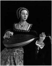 "Hiroshi Sugimoto, Anne Boleyn, from ""Portraits"", commissioned work for the Deutsche Guggenheim, 1999"