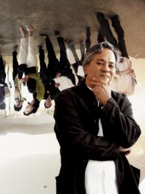 Anish Kapoor, 2003, Photo: Ji-youn Lee, 2003